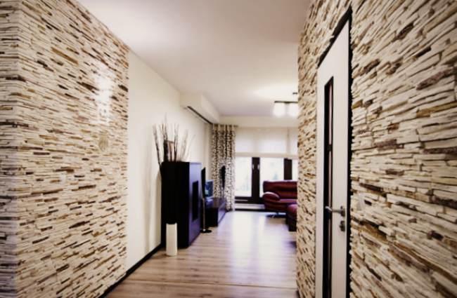 Внутренняя отделка дома декоративным камнем