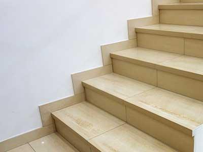 лестница из керамогранита фото